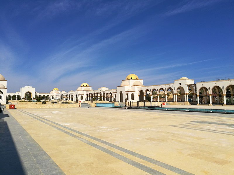 Sahl Hasheesh piazza is breath taking.
