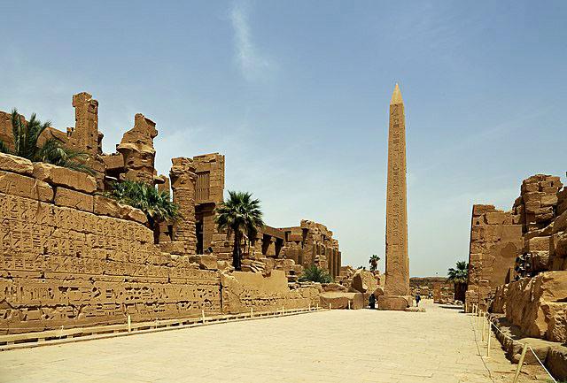 Карнакский храм в Луксоре должен видеть