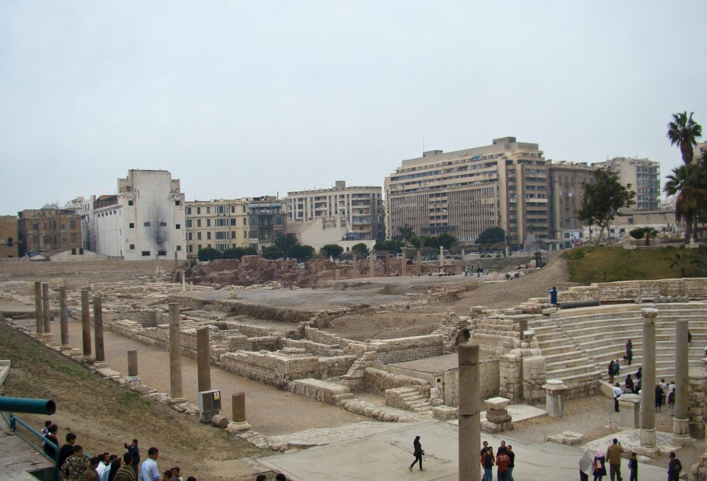 Toeristische attracties in Alexandrië, Egypte: The Roman amphitheater.